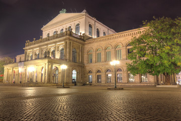 Opernplatz Hannover at Night