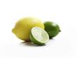gelbe Zitrone, grüne und halbierte Limetten