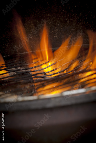 fire flames , bbq grill , outdoors