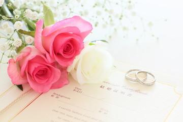 薔薇と結婚証明書