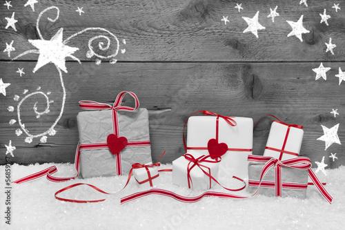 Weihnachtskarte mit roten Herzen und Sterne als Hintergrund