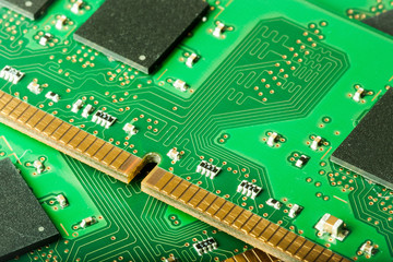 RAM memory module connectors
