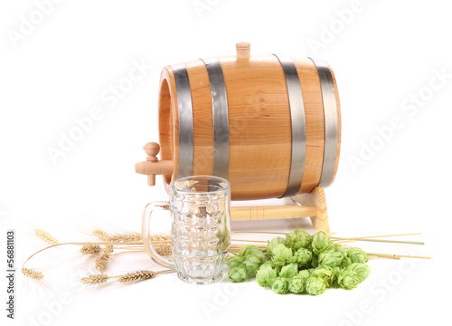 Barrel and mug with hop.