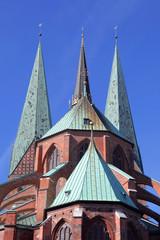 Kirchtürme der Sankt Marienkirche in Lübeck