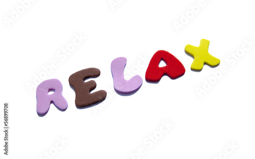 mot Relax coloré