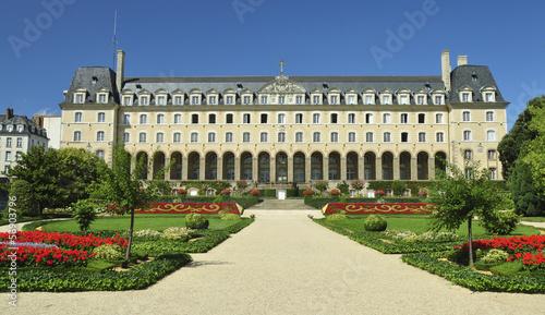 Palacio y jardines de Rennes - 56903796