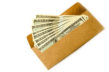 доллары в конверте на белом фоне