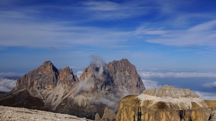 Peak in Dolomites, time-lapse