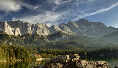 Blick vom Eibsee zur Zugspitze