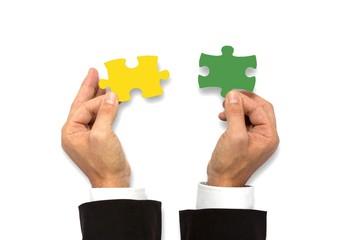 Puzzlestücke zusammenfügen