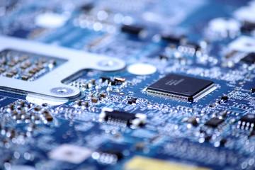 Microchip e circuito stamapato