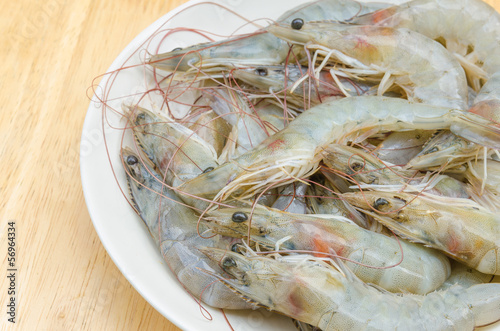 Raw shrimp in dish