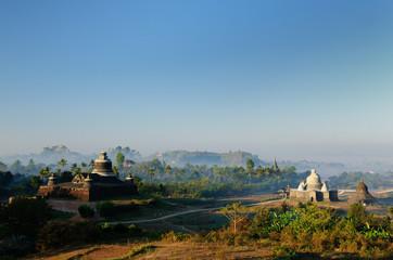 Myanmar, Mrauk U - Dukkanthein Paya