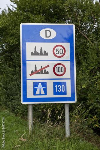 Poster Geschwindigkeitsregelung Deutschland