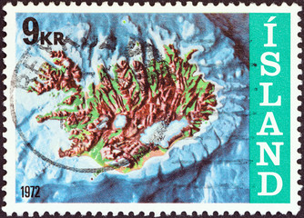 Iceland contour map and continental shelf (Iceland 1972)