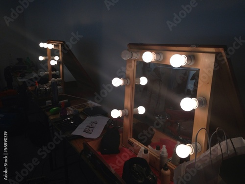make up artist room