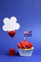 Australian theme cupcake with flag & message sign