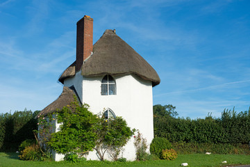 English fairy tail cottage