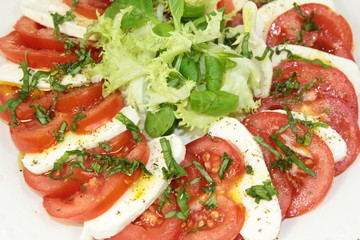 tomate et mozzarella