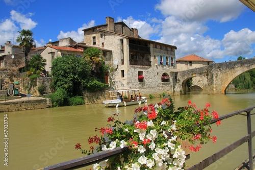 Papiers peints Ville sur l eau Nérac, Lot-et-Garonne
