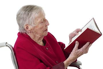 Personne âgée - Séance lecture