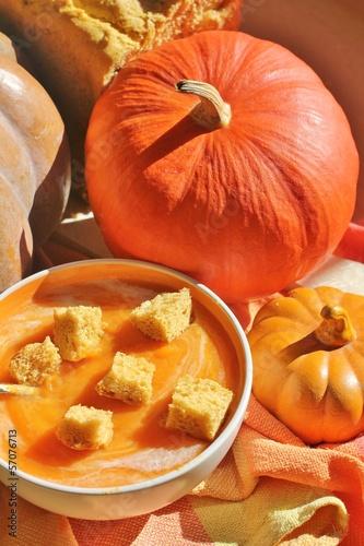 soup, pumpkin, squash, croutons