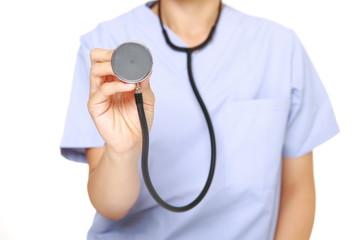 聴診器を持つ女性医師
