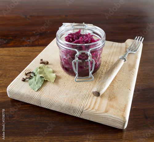 Rotkohl im Einmachglas