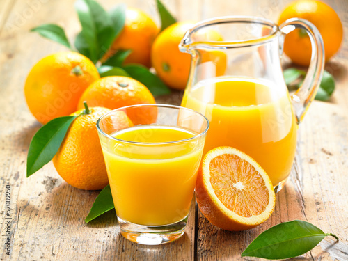 Leinwandbild Motiv Orangensaft