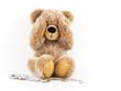 Teddy hält sich die Augen zu