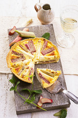 rhubarb and asparagus tarte