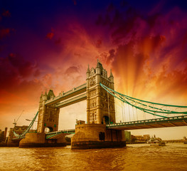 London. Side view of Tower Bridge in all its magnificence