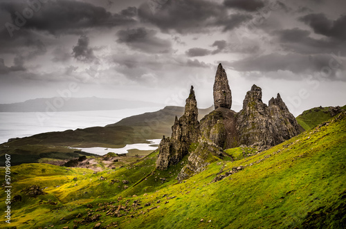 Leinwanddruck Bild Landscape view of Old Man of Storr rock formation, Scotland