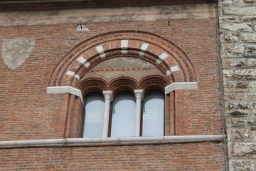 finestre antiche