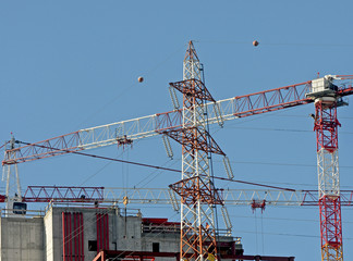 electricity pylon and crane