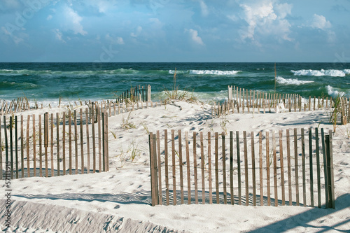 Fotobehang Natuur Park Beautiful Florida Beach with Sand Fences and Turquoise Ocean