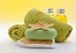 Wellness Grün Gelb Seife Peeling Öl
