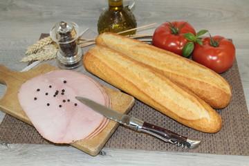 jambon et baguettes de pains