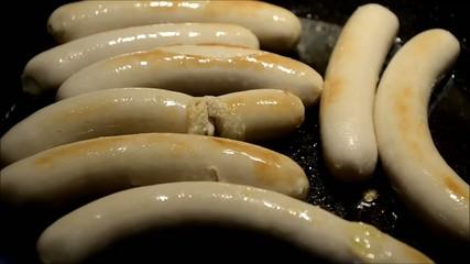 Cocinando salchichas