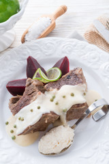 Beef with beetroot and horseradish sauce