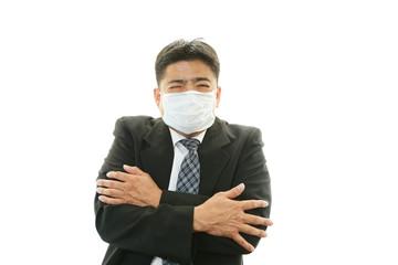 風邪に罹患した男性
