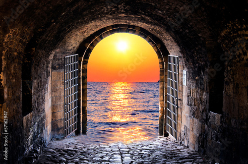 Tunnel and sea