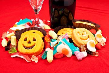 Biscotti di halloween con caramelle gommose