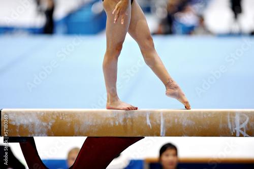 Foto op Canvas Gymnastiek Balance Beam