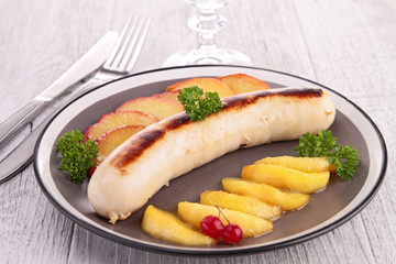 white pudding with apple