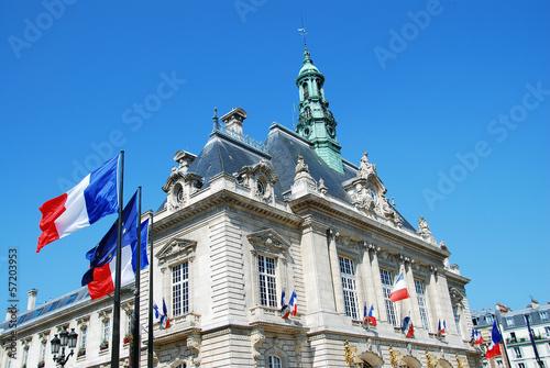 Mairie de Levallois-Perret (92), France - 57203953