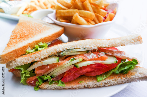 Sandwich with chicken,