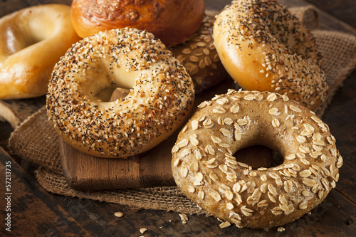 Foto op Canvas Brood Healthy Organic Whole Grain Bagel