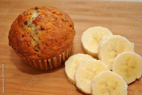 Fresh Banana Nut Muffin with Sliced Bananas