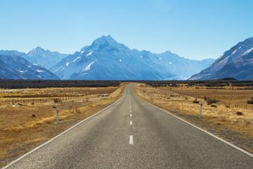 Road to Mountain